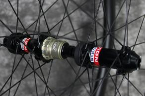 AR35-road-disc-Novatec-D411SB-D412SB-CL-SP-12-100mm-12-142mm-sram-xdr-hubs