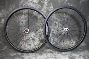 r35-35mm-700c-road-non-disc-clincher-carbon-wheelset