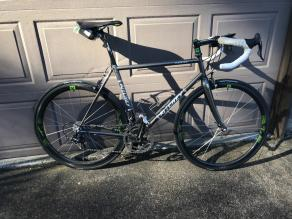 ritchey-logic-road-bike-on-light-bicycle-mixed-depth-carbon-wheels