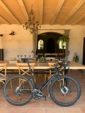 carbon-fiber-700C-rims-specialized-road-bicycle