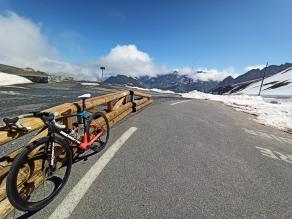 lapieree-xelius-2017-road-bike-riding-col-du-galibier