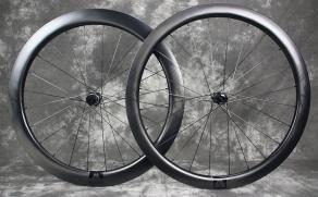 700c-r55-55mm-deep-road-wheel-rear-r45-45mm-deep-carbon-wheel-front