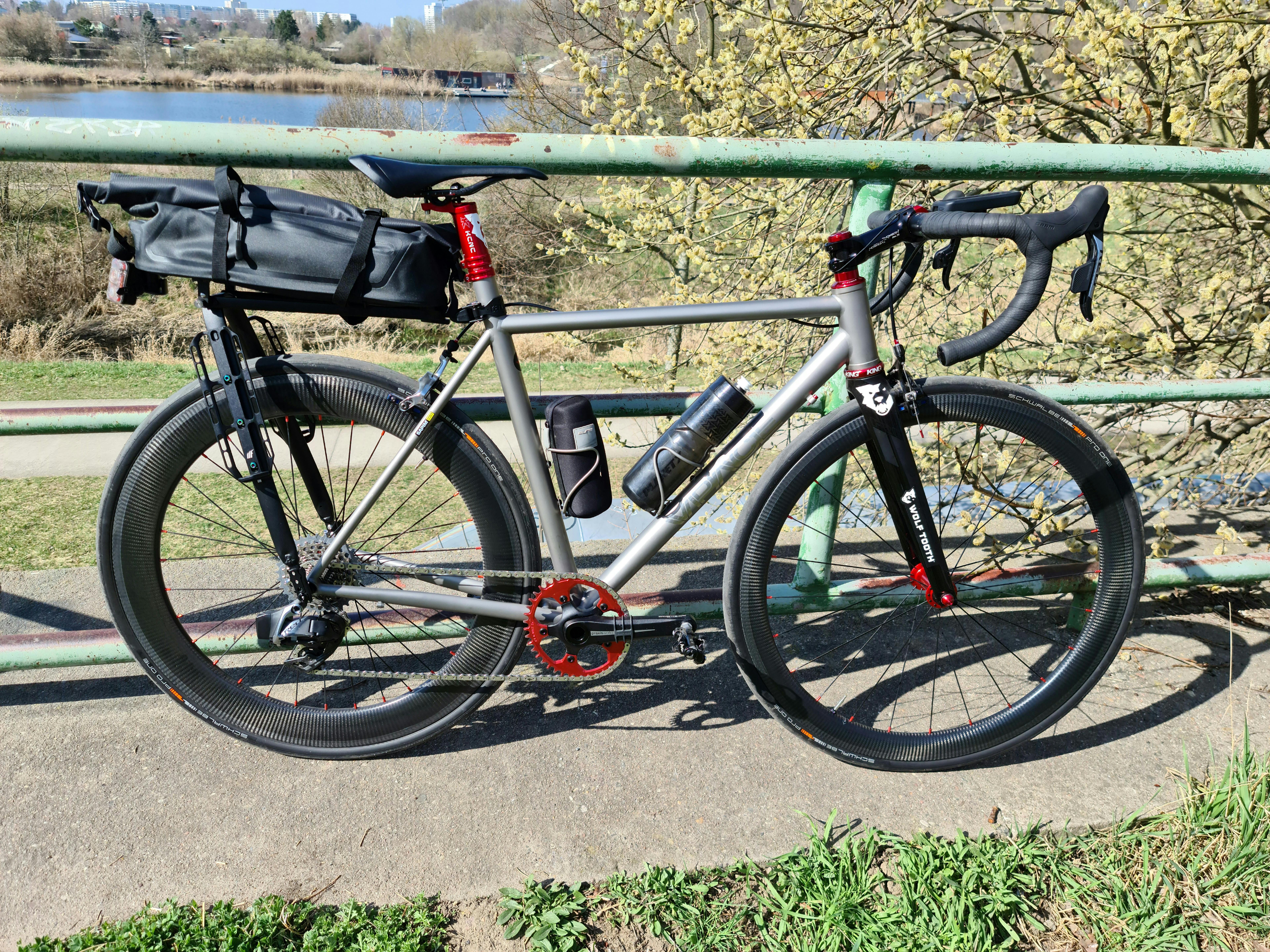 VPACE-T1R-Titanium-on-light-bicycle-r45-front-r65-rear-carbon-wheelset
