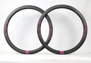 Light-Bicycle-R45T-disc-carbon-fiber-rim-set-with-magenta-decals