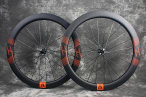 r55-novatec-d411sb-d412sb-carbon-wheelset-for-road-bike