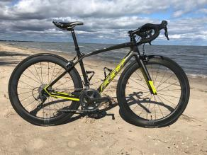 700C-R55-on-Felt-Z3-rim-brake-road-bike