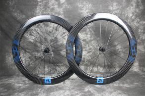 R65-700c-road-disc-blue-decal-carbon-wheelset