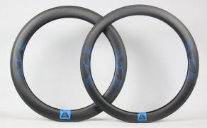 r65-65mm-deep-carbon-rim-left-r55-55mm-deep-rim-right