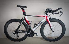 pinarello-ft1-carbon-tt-framset-with-light-bicycle-r65-carbon-wheels