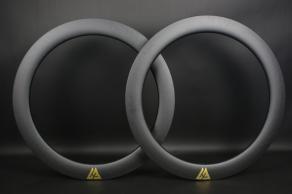 R65-700c-road-disc-65mm-carbon-rims-gold-decals