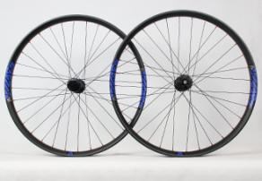 light-bicycle-rm29c15-carbon-fiber-wheelset-with-blue-rim-decals-stickers