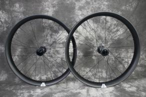 27.5-rsnow05-75mm-wide-carbon-fatbike-wheelset