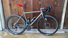 700C-WR38-WR50-carbon-wheels-on-silver-road-bicycle