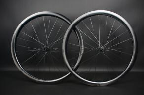 Falcon-Pro-WR38-disc-ud-paintless-road-tubeless-carbon-wheelset