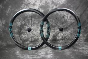 wr45-700c-road-disc-45mm-carbon-wheelset-custom-decals