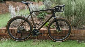 light-bicycle-wr45-carbon-wheelset-on-canyon-grail-cf-sl-8.0-disc
