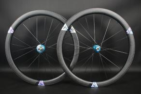 wr45-disc-700c-carbon-road-gravel-wheelset-oil-slick-decals