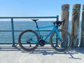 Specialized-Tarmac-SL6-Sport-road-bike-by-sea