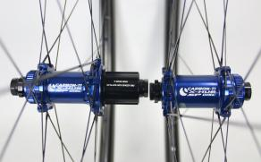 Carbon-Ti-X-Hub-disc--Shimano-Road-11S-SP-CL-Blue-24H